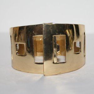 Stunning gold cuff bangle bracelet